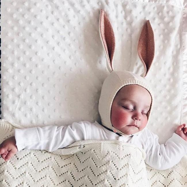 Meri Meri - Kapica za bebe zeka roze
